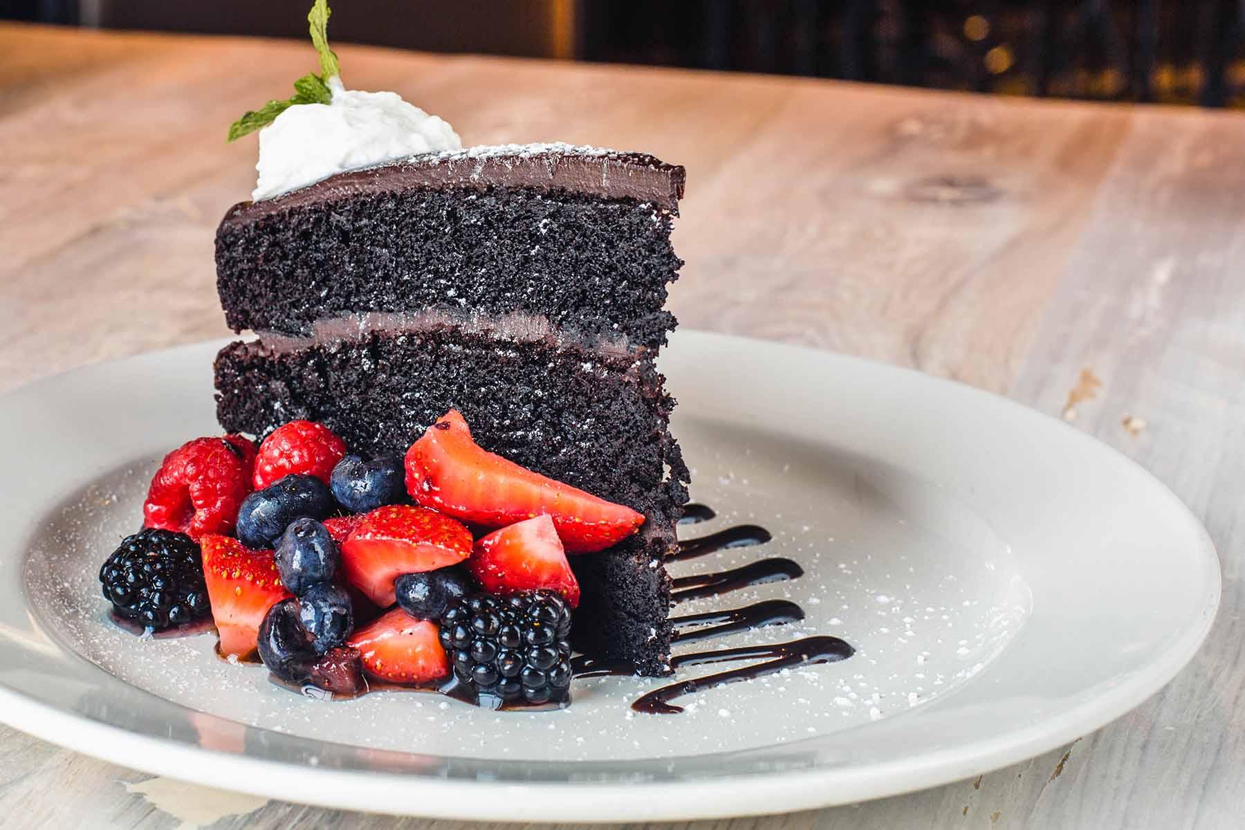Mezzo chocolate cake