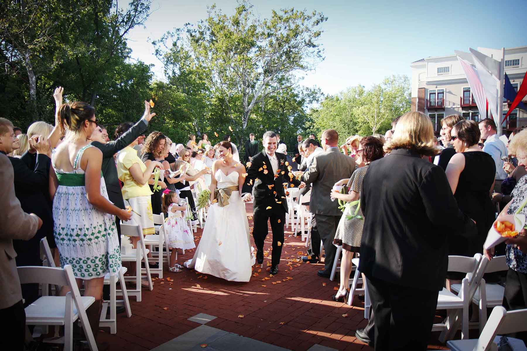 Creekside Conference & Event Center outdoor wedding ceremony